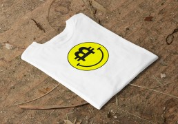Crypto Currency t-shirt Bitcoin smiley